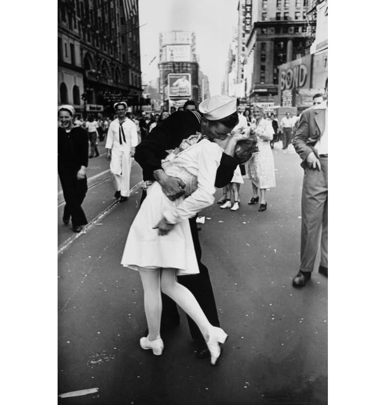 'V-J Day in Times Square' by Alfred Eisenstaedt, 1945