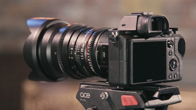 Mirrorless camera technology perspectives. Is it the future or the trend that will pass?