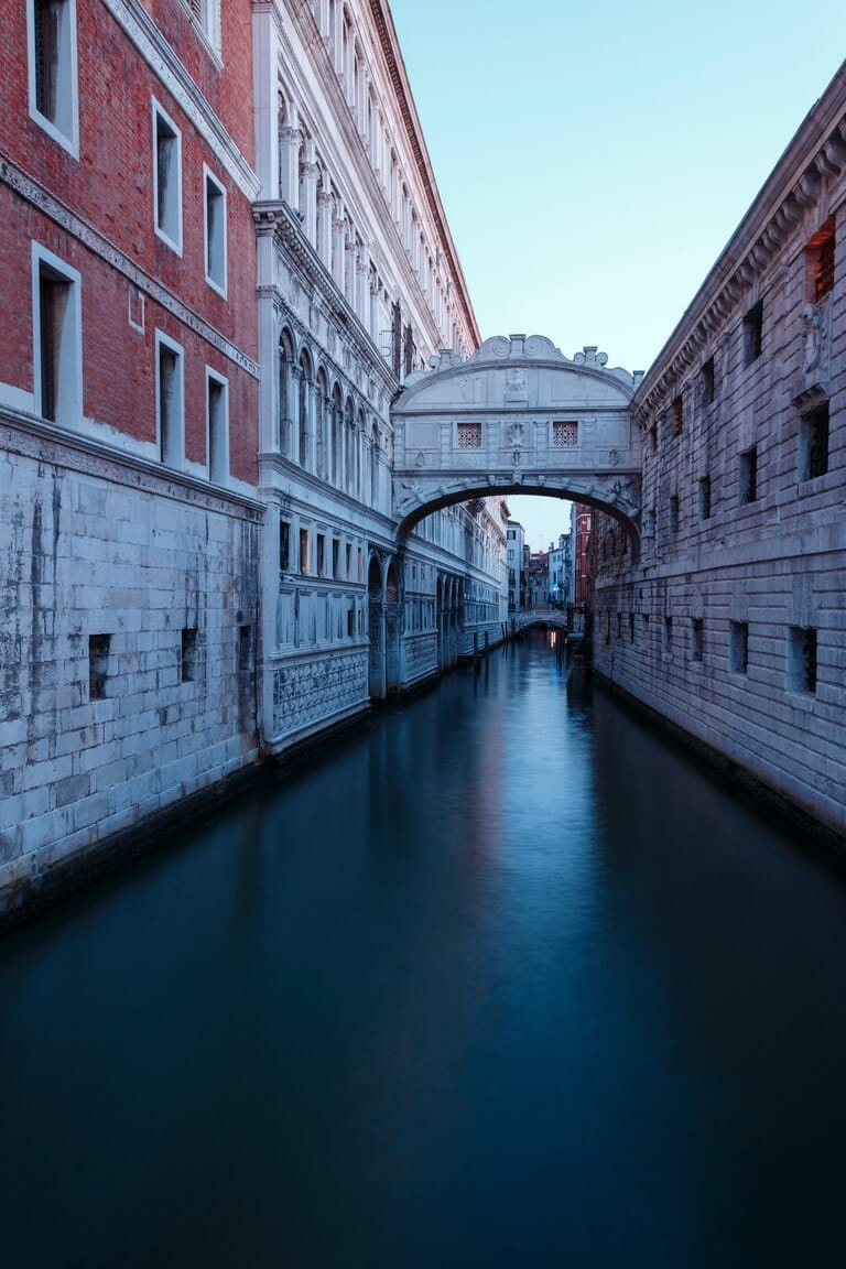 The Bridge of Sighs - Ponte dei Sospiri 3